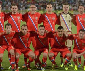 Стал известен стартовый состав сборной России на матч со Словакией