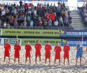 Сборная России по пляжному футболу одержала уверенную победу над Турцией в отбор
